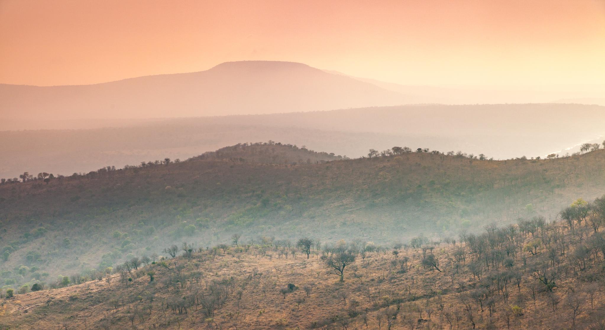 Zambia • Lower Zambezi & Victoria Falls     Carl Verstraelen Photography